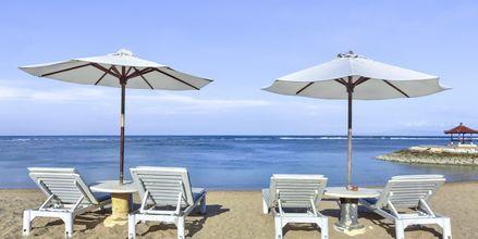 Ranta, hotelli Respati Beach, Sanur, Bali, Indonesia.