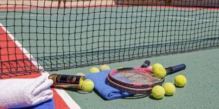 Tennistä, Hotelli Rethymno Mare Resort, Kreeta.