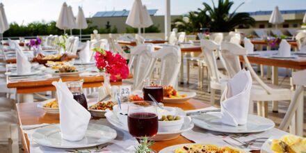 Ravintola, Hotelli Rethymno Mare Resort, Kreeta.