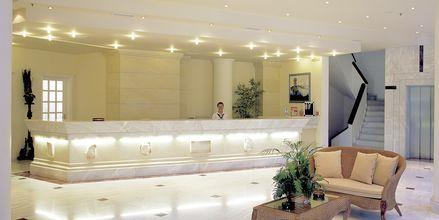 Vastaanotto. Hotelli Rethymno Palace, Rethymnon, Kreeta, Kreikka.