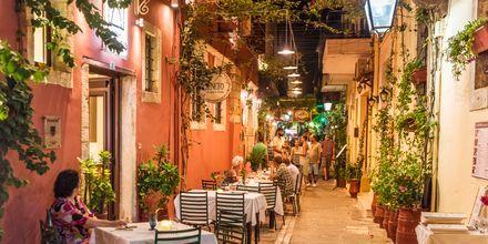 Vanha kaupunki on todella tunnelmallinen iltaisin.