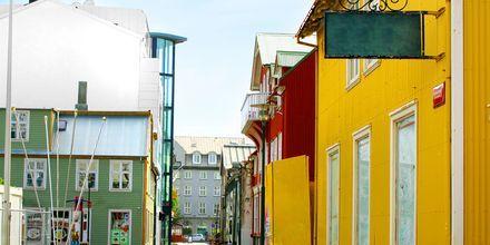 Kävelykatu Reykjavikissa, Islannissa.