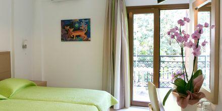Kahden hengen huone. Hotelli Rezi, Parga, Kreikka.