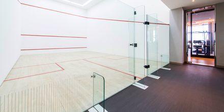 Yksi kahdesta squash-kentästä. Ritz-Carlton Doha.