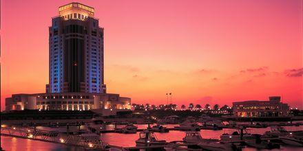 Ritz-Carlton Doha illalla.