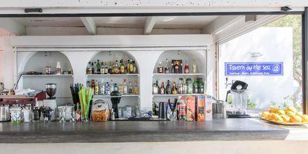 Baari. Hotelli RK Beach, Kamari, Santorini.