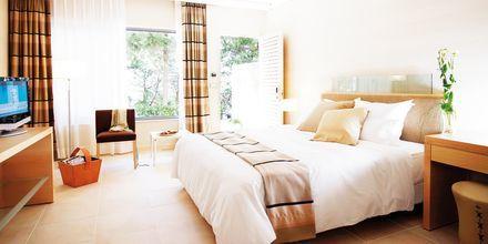 Kahden hengen huone Garden Wingissä, hotelli Rodos Palace. Ixia, Rodos, Kreikka.