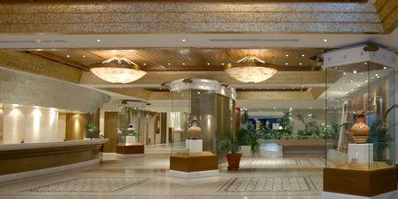 Aula, hotelli Rodos Palace. Ixia, Rodos, Kreikka.