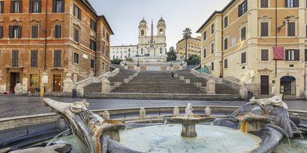 Espanjalaiset rappuset Roomassa, Italaissa.
