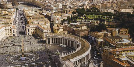 Vatikaani ilmasta kuvattuna.