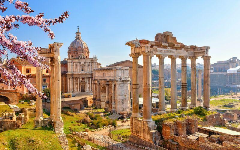 Forum Romanum Roomassa, Italiassa.