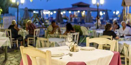 Ravintola. Hotelli Rose, Kato Stalos, Kreeta.