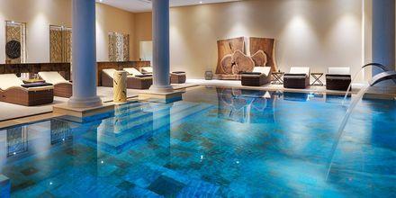 Royal River Luxury Hotel