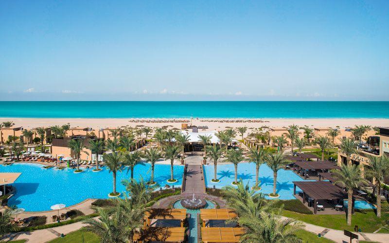Hotelli Saadiyat Rotana Resort & Villas. Abu Dhabi, Arabiemiraatit.