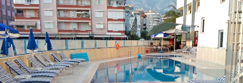 Aurinkoterassi. Hotelli Sailor, Alanya, Turkki.