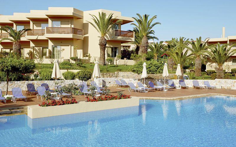Allasalue, Hotelli Giannoulis Santa Marina Beach, Agia Marina, Kreeta.
