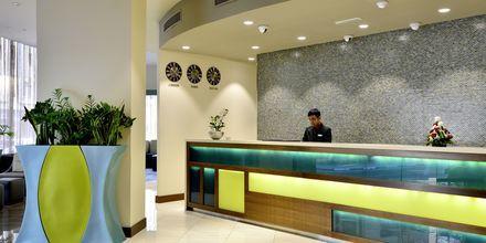 Vastaanotto, hotelli Savoy Central. Bur Dubai, Arabiemiraatit.