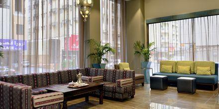Aula, hotelli Savoy Central. Bur Dubai, Arabiemiraatit.