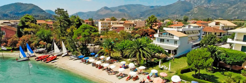Ranta hotellin läheisyydessä, Hotelli Seaview, Lefkas, Kreikka.