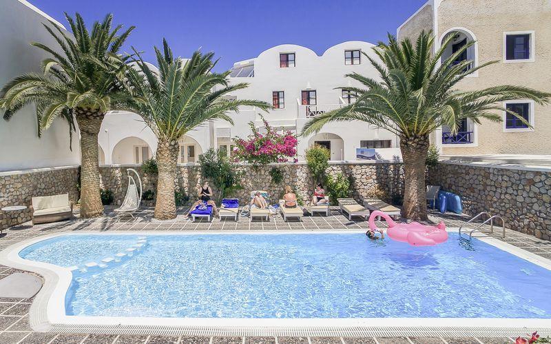 Allasalue. Hotelli Sellada Beach, Santorini, Kreikka.