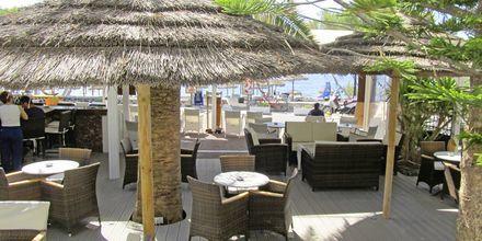 Baari. Hotelli Sellada Beach, Santorini, Kreikka.