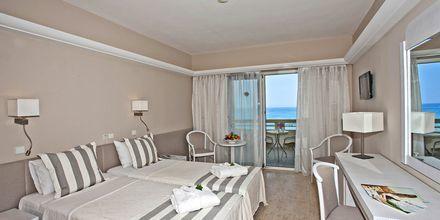 Kahden hengen huone, hotelli Sentido Pearl Beach. Rethymnon, Kreeta.