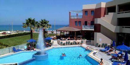 Allasalue, hotelli Sentido Pearl Beach. Rethymnon, Kreeta.