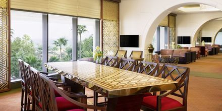 Club lounge. Sheraton Grand Doha Resort, Doha, Qatar.