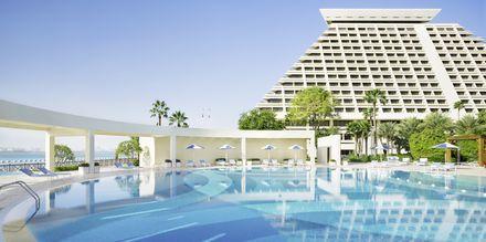 Allas. Sheraton Grand Doha Resort, Doha, Qatar.