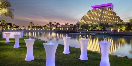 Sheraton Grand Doha Resort mereltä päin.