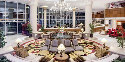 Vastaanotto, hotelli Sheraton Jumeirah Beach Resort. Dubai, Arabiemiraatit.