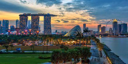 Singapore on kaakkois-Aasian pienin maa, ja kuin Aasia pienoiskoossa.