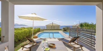Altaallinen bungalow, Hotelli Sivota Diamond, Kreikka.