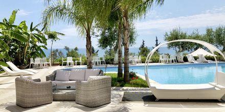 Allasalue. Hotelli Splendor, Dhermi, Albania.