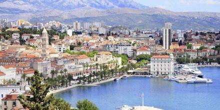 Saaristoristeilyt alkavat ja päättyvät Splitissä.