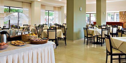 Ravintola, hotelli St Constantine, Kosin kaupunki.