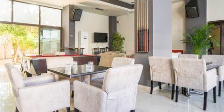 Lounge, hotelli St Constantine, Kosin kaupunki.