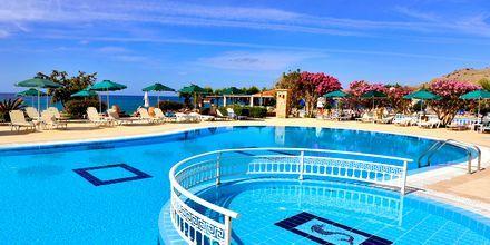 Hotelli St James'sin allasalue, Rodos, Kreikka.