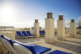 Aurinkoterassi, Hotelli Stella Polaris Oro Blanco, Playa de las Americas, Teneriffa.