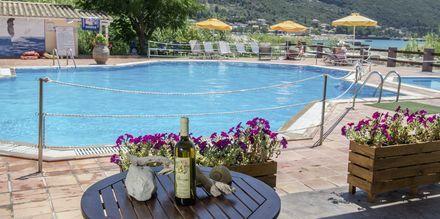 Allasalue. Hotelli Sunwaves, Vassiliki, Lefkas.