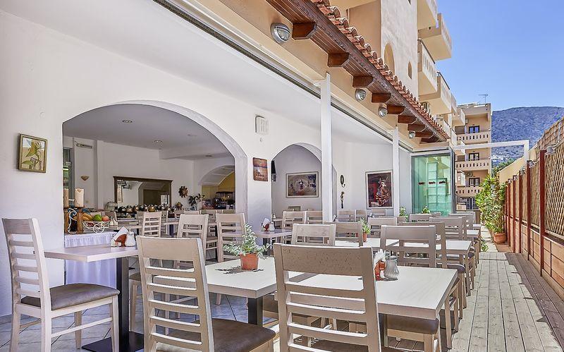 Hotelli Thalia, Hersonissos, Kreeta.