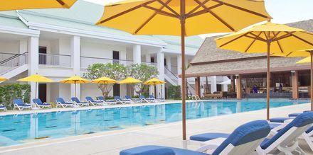 Rauhallinen allas. Thanyapura Sport & Health Resort, Thalang, Thaimaa.