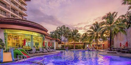 Allas. Hotelli The Beach Heights Kata Beachilla. Phuket, Thaimaa.