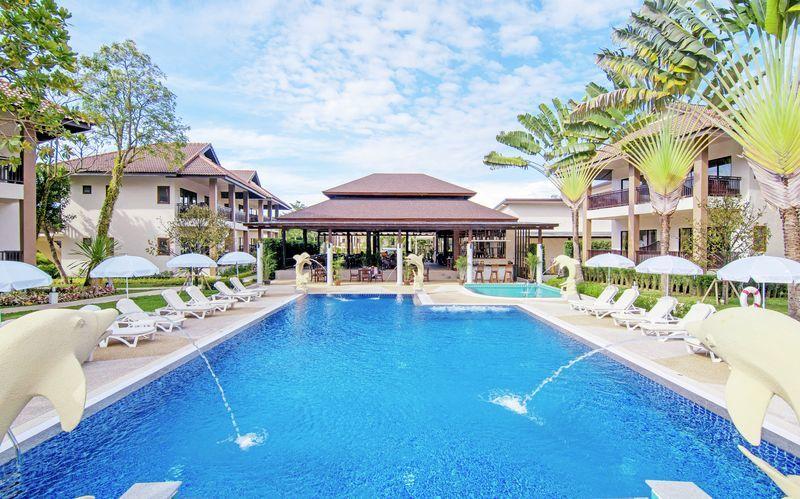Uima-allas, Hotelli The Leaf Oceanside by Katathani, Khao Lak, Thaimaa.