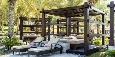 Vietä päiväsi cabanassa. Hotelli The Westom Dubai Mina Seyahi. Dubai, Arabiemiraatit.