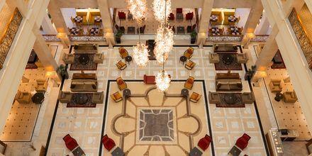 Vastaanotto. Hotelli The Westom Dubai Mina Seyahi. Dubai, Arabiemiraatit.