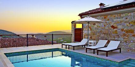 Kolmen huoneen huvila, hotelli Salvator Hotel Villas & Spa, Parga, Kreikka.
