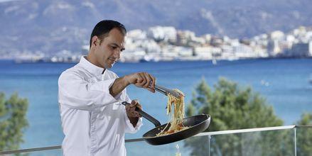 Showcooking, Hotelli Vasia Ormos, Agios Nikolaos, Kreeta.