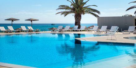 The Bay Hotel & Suites. Banana Beach. Vasilikos, Zakynthos.