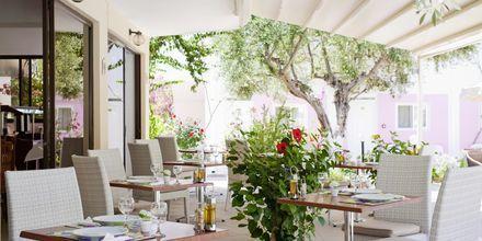 Ravintola, Hotelli Venezia, Karpathoksen kaupunki, Kreikka.